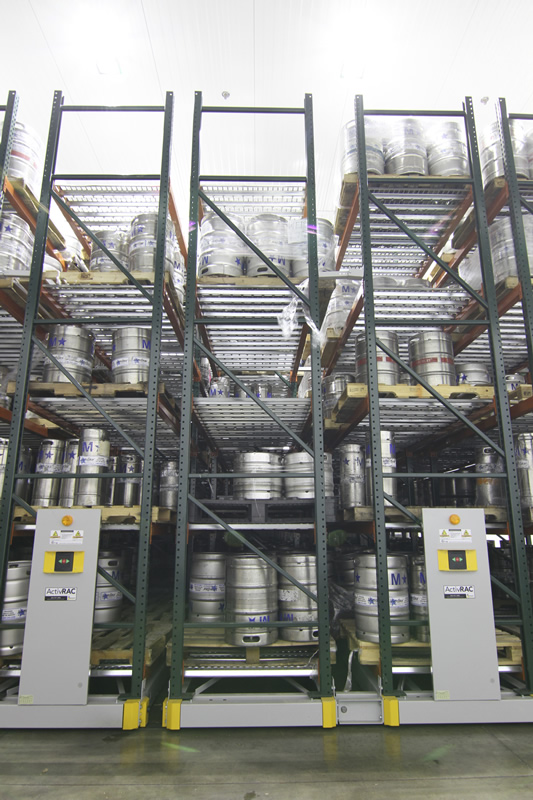 Keg storage on mobile warehouse racking system