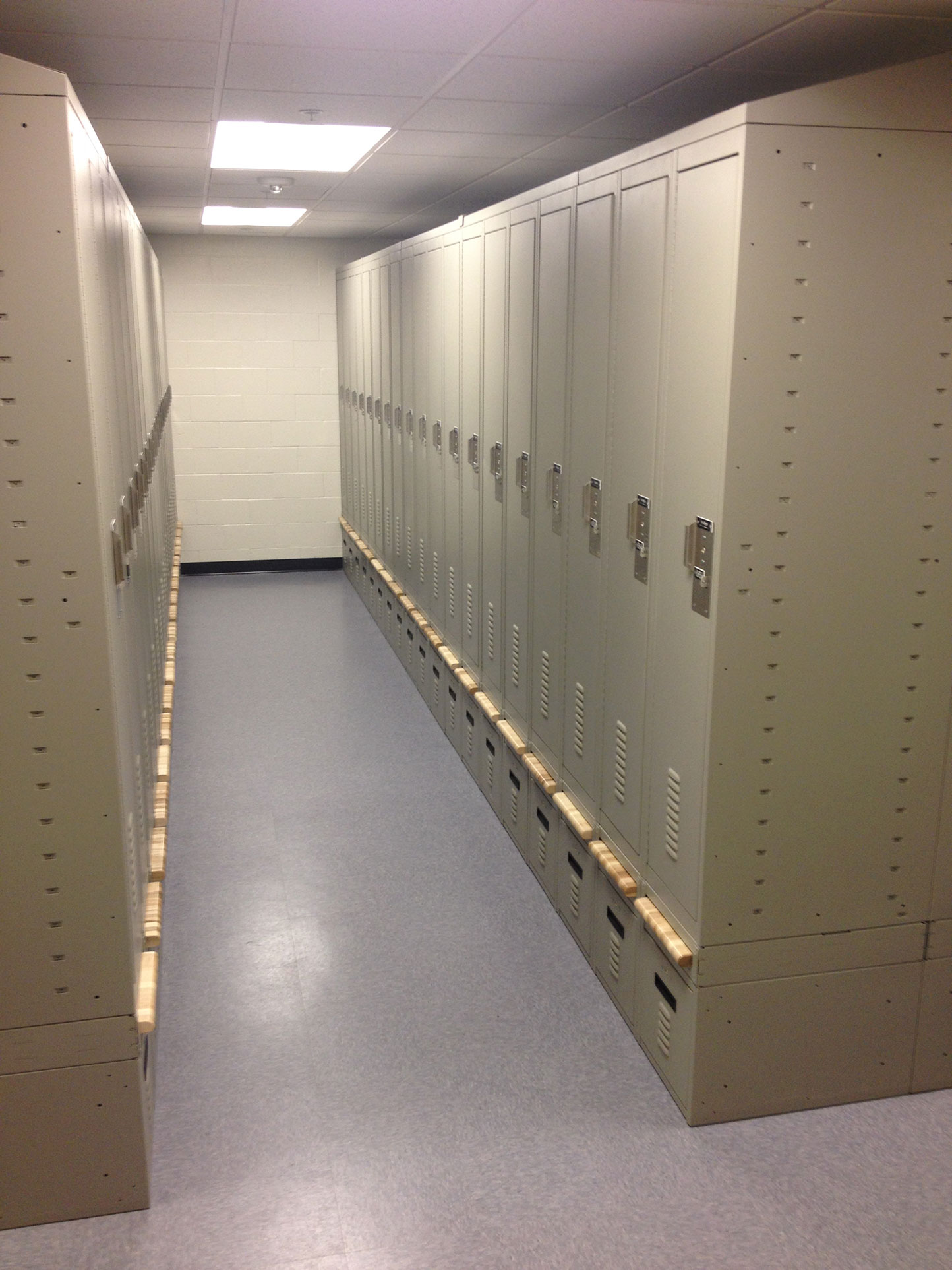 Lockers Room with Retractable Breadboard Benches